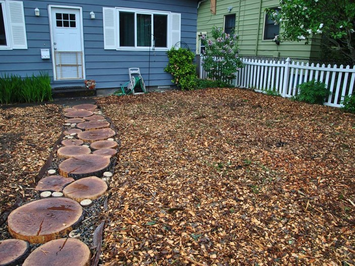 Photo of a completed sheet mulching project.
